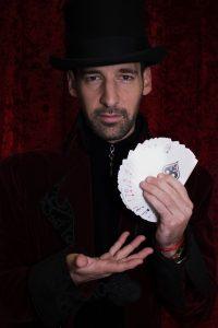 mago infantil abanico de cartas